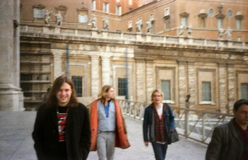 Kurt Cobain with Jonathan Poneman and Steve Wied, Rome, November 28, 1989