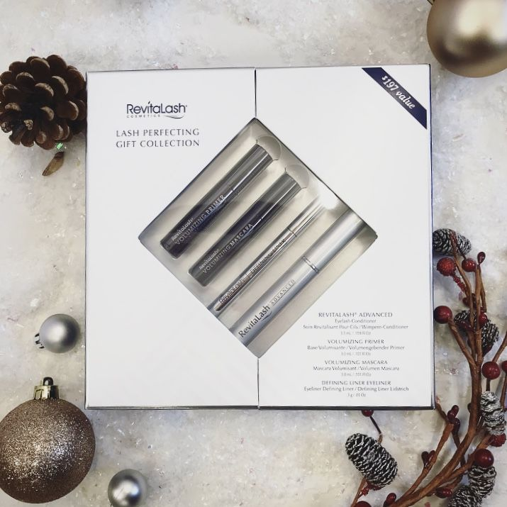 What girl wouldn't want the eye perfecting kit from @revitalashuk this Christmas?  https://goo.gl/ZQeJ8o https://youtu.be/Ho14gW0Ye98