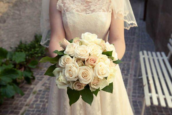 Un matrimonio giocoso in Abruzzo con una sposa in abito corto: Natalia e Gianluca