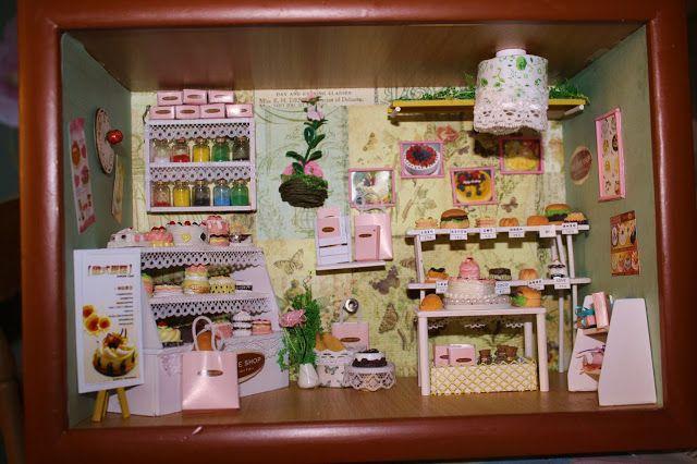 Miniature Cake House