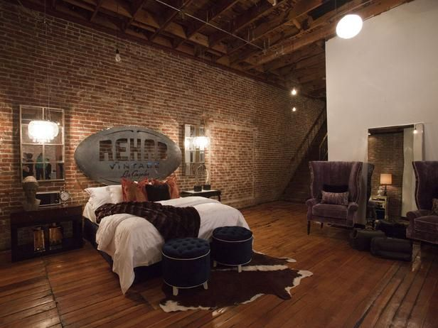 Industrial loft bedroom from HGTV Star contestants Tiffany Brooks and Anne Rue. (http://www.hgtv.com/hgtv-star/hgtv-star-season-8-photo-highlights-from-episode-2/pictures/page-6.html?soc=Pinterest)
