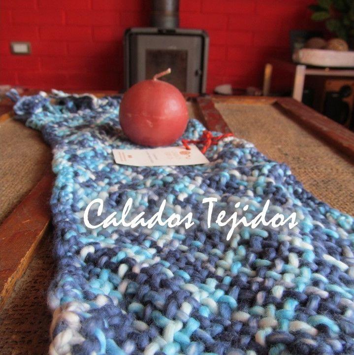 Camino de mesa tejido a telar en algodón natural colores matizados.