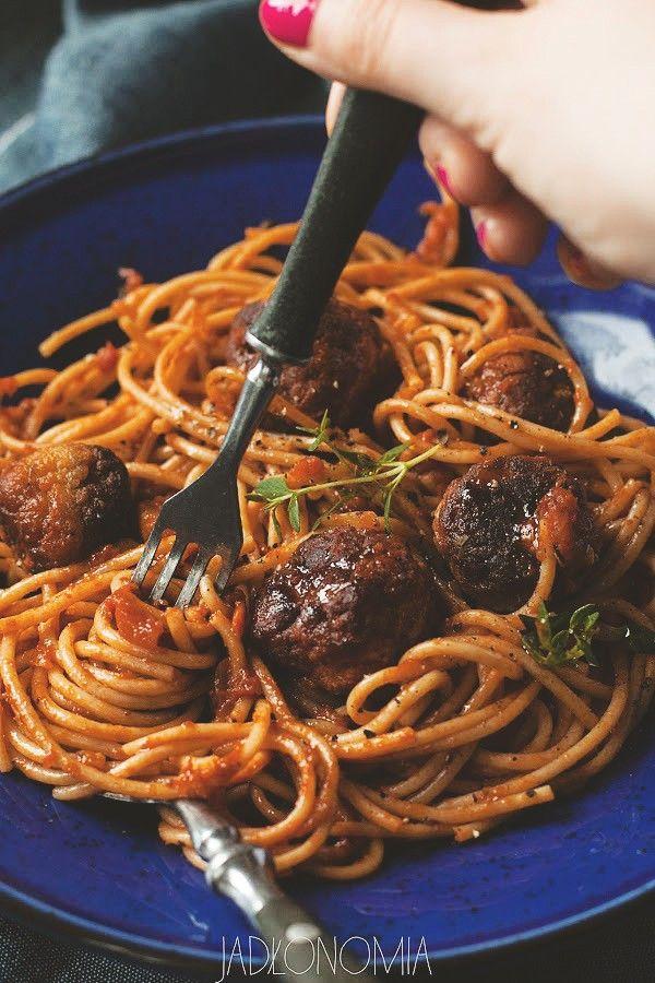 Spaghetti z pulpetami » Jadłonomia · wegańskie przepisy nie tylko dla wegan