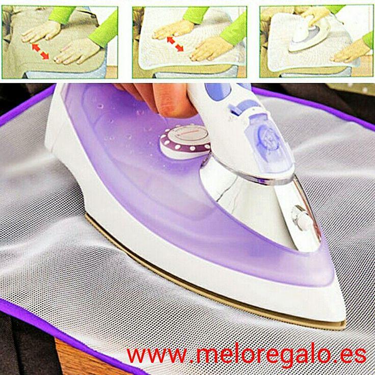 La malla protectora para planchar tejidos delicados, evitando que aparezcan brillos, manchas o quemaduras en tus prendas.