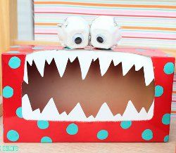 """How to make a cute """"silly monster"""" box to collect all your love notes!  #Valentine #craft"""
