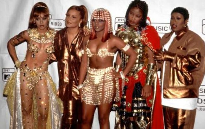 Lil Kim, Angie Martinez, Left Eye, Da Brat, Missy 'Ladies Night' 1997 MTV Video Music Awards