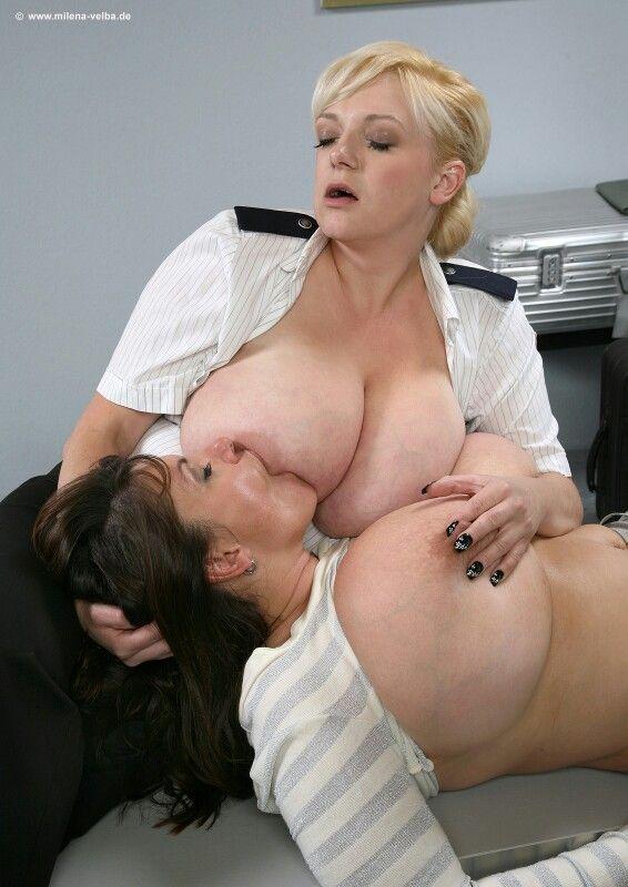 Big Tits Ebony Kissing Lesbian