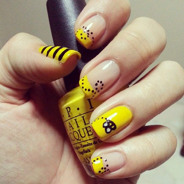 25 gorgeous bumble bee nails ideas on pinterest pencil nails bumble bee design nails so for the nail art that always got stuck and never prinsesfo Choice Image