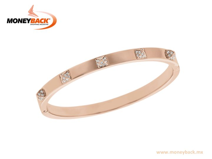 Ideal for fashion lovers! This rose gold bangle honors the spiky thin bangle trends. Embellished with clear pavé crystal, its sleek and modern silhouette combines well with other bangles or bracelets to create an on-trend stacked look. Swarovski Mexico gives a Moneyback tax refund to foreign tourists! #taxfree #moneyback  #taxrefund #travelmexico