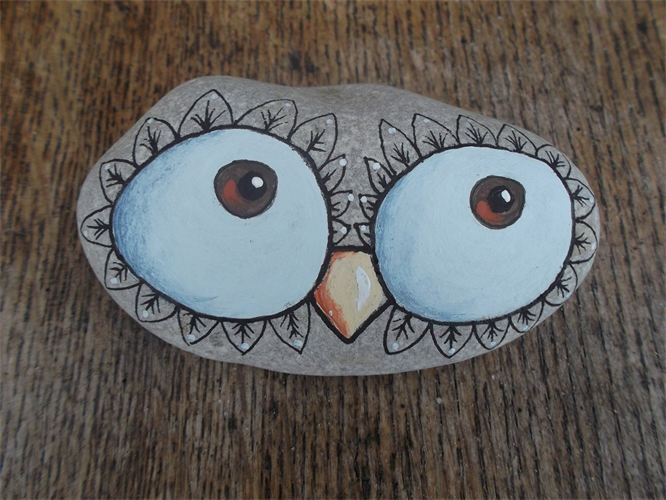 big owl eyes : painted pebble... Very cute!!                                                                                                                                                                                 More