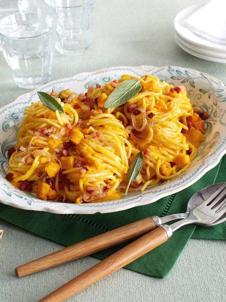 die besten 25 spaghettik rbis ideen auf pinterest berbackener spaghetti k rbis. Black Bedroom Furniture Sets. Home Design Ideas