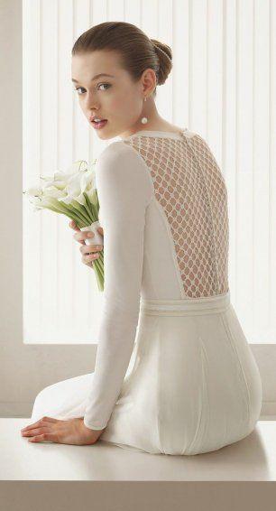 Платье невесты с сеточкой на спине
