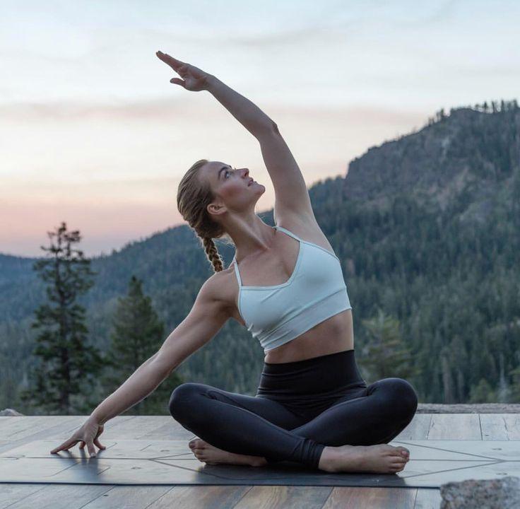 гости оценят фотосессия в стиле йоги подписчики звезды