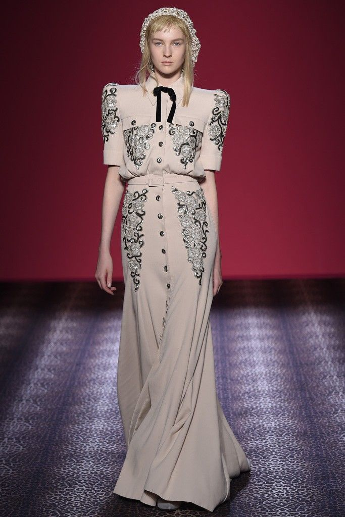 Schiaparelli Fall 2016 Couture Collection Vogue
