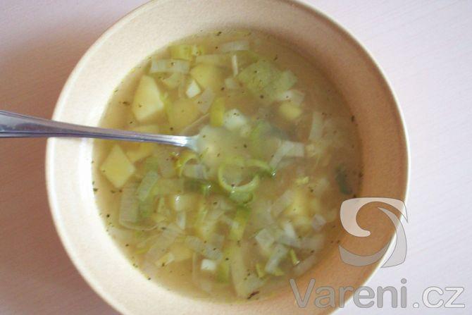 Recept na klasickou pórkovou polévku.