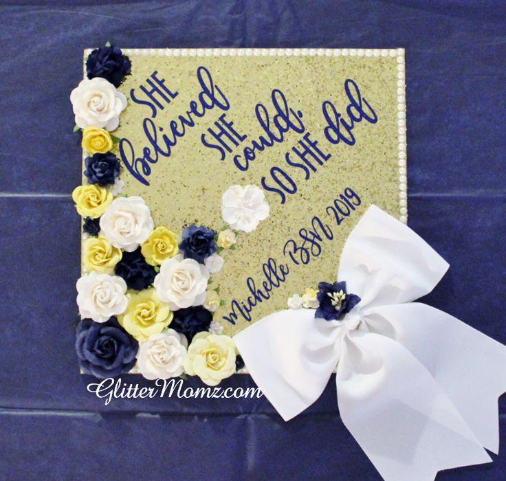 Sie glaubte, sie könnte Graduation Topper Dekoration Graduation Topper - Blumen und Glitzer