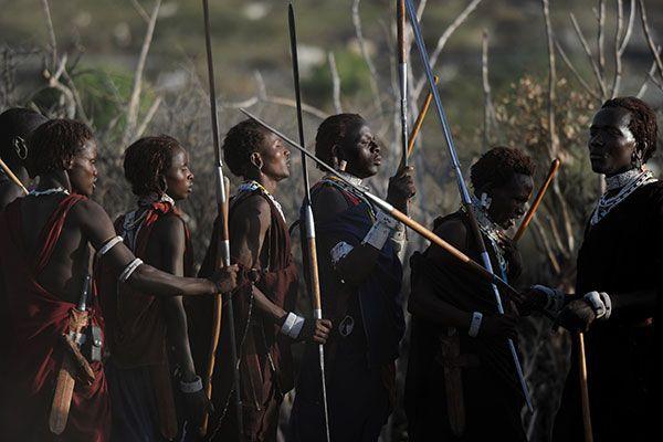 Avec Melissa Theuriau chez les Maasaï (rediffusion) - 12/07/2014 - News et vidéos en replay - Rendez-vous en terre inconnue - France 2