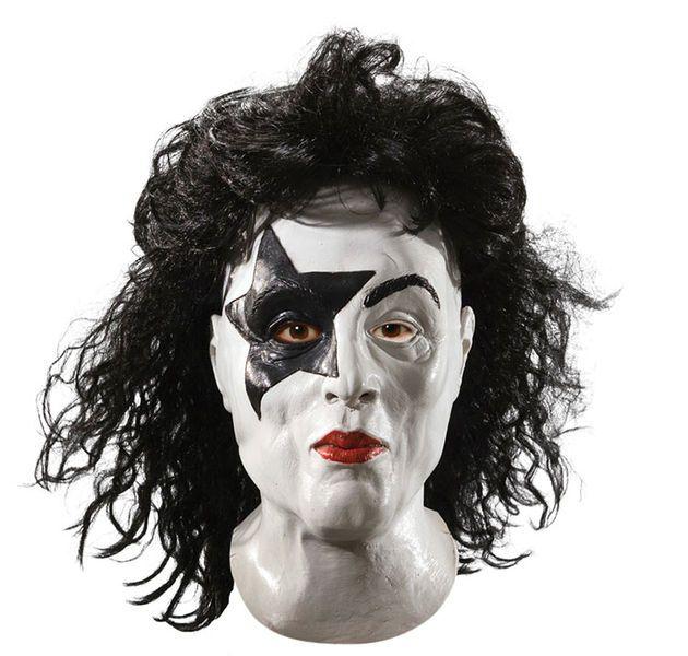 KISS; The Starchild Deluxe maski on kaikkien KISS fanittajien ykköstuote. Tämä superlaadukas Paul Stanleyn lärviä edustava maski on standardikokoinen, eli sopii useimpiin pääkoppiin kuin valettu. Tähti silmässä rokkaamaan, Heaven's on Fiiiiiiiiireeeeeeeeeeeeeeeeeeeeeeee #naamiaismaailma