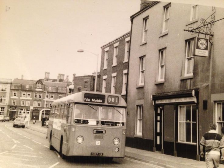A Midland Red Leyland Willowbrook outside the Albert in 1979. Shrewsbury, Shropshire. Vintage bus.