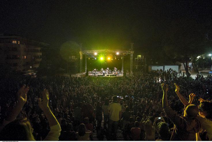 https://flic.kr/p/KceYgn | Ελευθερία Αρβανιτάκη - Νίκος Πορτοκάλογλου - 19/07/2016 | Οι εξαιρετικοί Ελευθερία Αρβανιτάκη και Νίκος Πορτοκάλογλου στο Φεστιβάλ Αμαρουσίου 2016 Like us @ Facebook: www.fb.com/festivalmaroussi Follow us @ Twitter: www.twitter.com/festivalmarousi