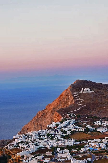 I've always wanted to go to Greece.  Never even managed to get there when we were stationed in Europe.  Guess that's just one more thing I still have to dream about.  :-)