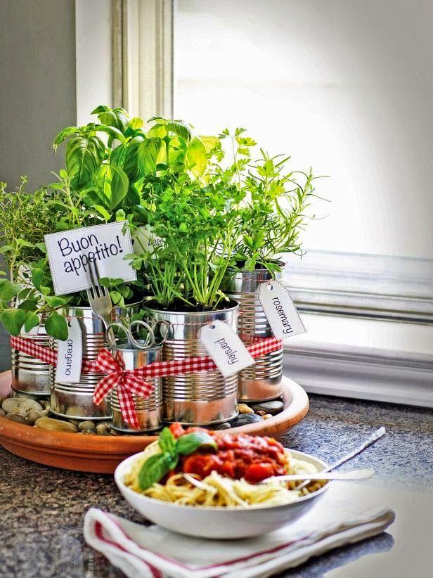 Πώς να φτιάξετε έναν φανταστικό βοτανόκηπο για την κουζίνα σας απο άδεια κονσερβοκούτια!