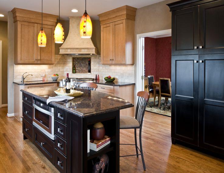 Transitional kitchen microwave drawer corner range for Corner cooktop designs kitchen