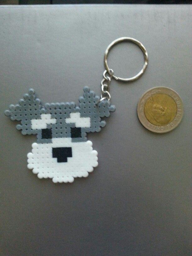 Dog key chain hama perler beads gift מחזיק מפתחות חרוזי גיהוץ כלב מתנה