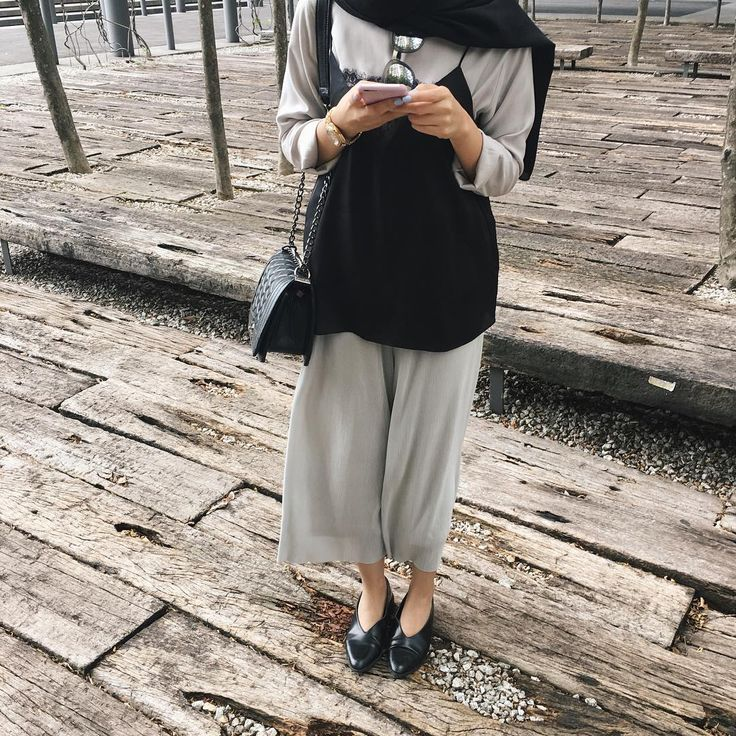 """2,065 Likes, 7 Comments - Izreen Syafika (@izreensyafika) on Instagram: """"Black and grey can never go wrong with each other  (Wearing my Aria pants from @fvbasics…"""""""