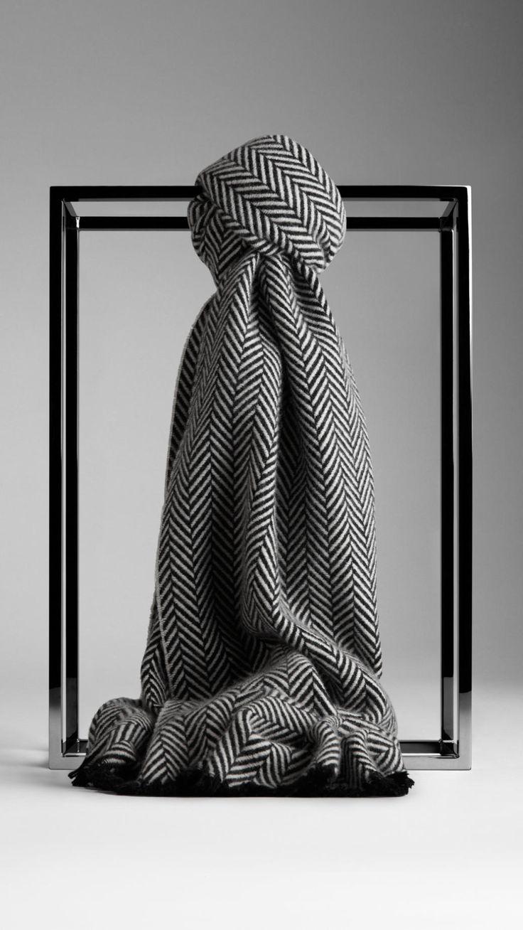 Herringbone Cashmere Scarf | Burberry