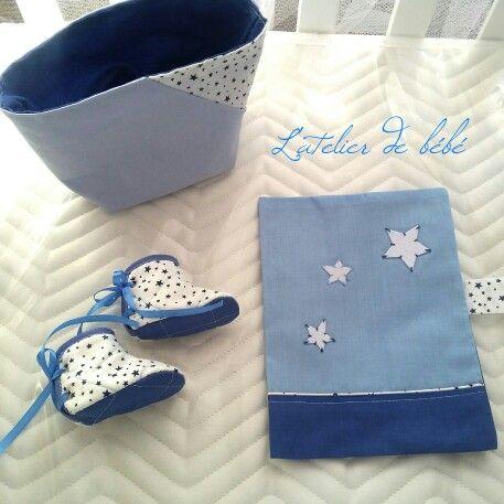Petit kit a offrir bébé  Protège carnet de santé panier a couches chaussons fait main alger