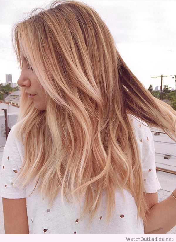 Ripped tee, rose gold blonde hair