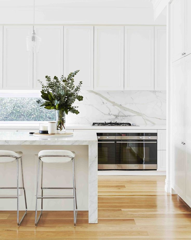 "1,875 Likes, 39 Comments - Home Beautiful (@homebeautiful) on Instagram: ""Scene-stealing marble is the hero in this stunning Hamptons-style kitchen, paired perfectly with…"""
