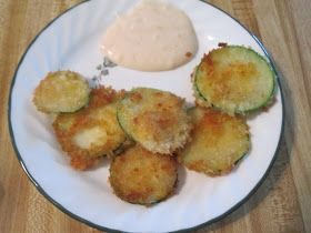 Ingredients:   Fried Zucchini  -Zucchini  -Flour  -Egg  -Panko Breadcrumbs   Yum Yum Sauce  -1 Cup Mayonnaise  -1/4 Cup Water  -1 tsp To...