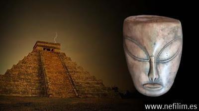 Antiguos artefactos encontrados en México probarían el contacto de los Mayas con los extraterrestres