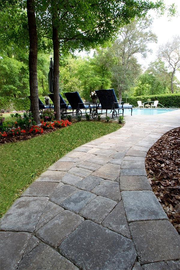 17 Best Images About Paver Walkway On Pinterest Parks