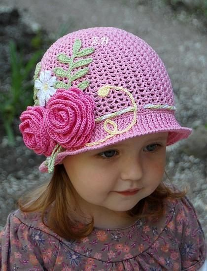 Pink Hat with Flowers free crochet graph pattern