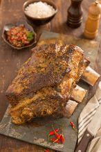 Costela minga marinada no bafo por Academia da carne Friboi