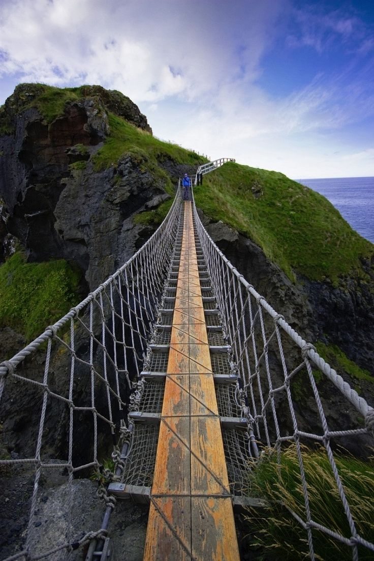Carrick-a-Rede Rope Bridge is a famous rope bridge near Ballintoy in County Antrim, Northern Ireland. The bridge links the mainland to the tiny island of Carrickarede