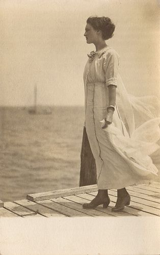 Vintage Edwardian photo of a woman at the sea.
