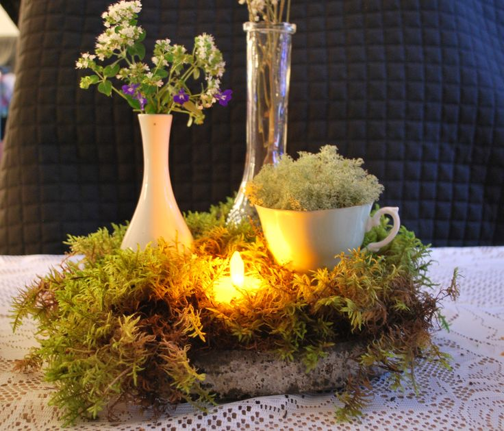 Moss Table Decor.  Forest Wedding