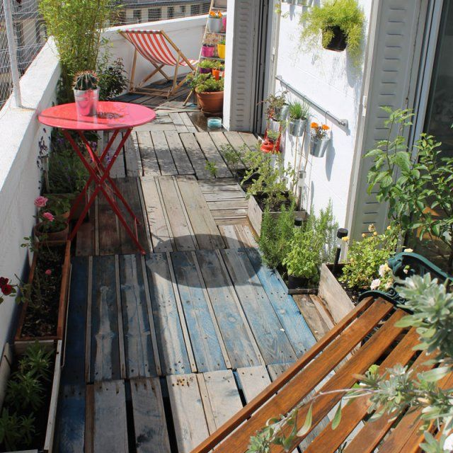 22 diy pour d corer votre ext rieur terrace pallets and for Diy terrace