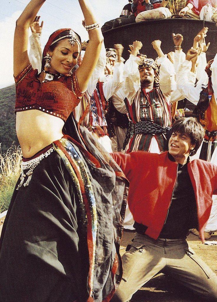 """Chaiyya Chaiyya"" from Dil Se.. featured on Malaika Arora Khan and Shah Rukh Khan."