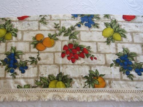 SINGLE-Large-Vintage-Mid-Century-Curtain-VALANCE-Cotton-Fringe-FRUIT-17Lx72-034-W
