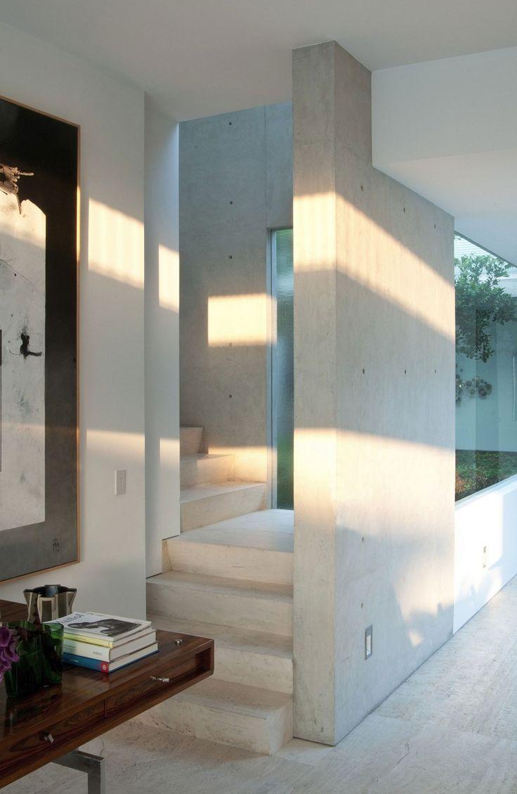 scale in travertino interni appartamento a città del messico penthouse polanco gantous arquitectos