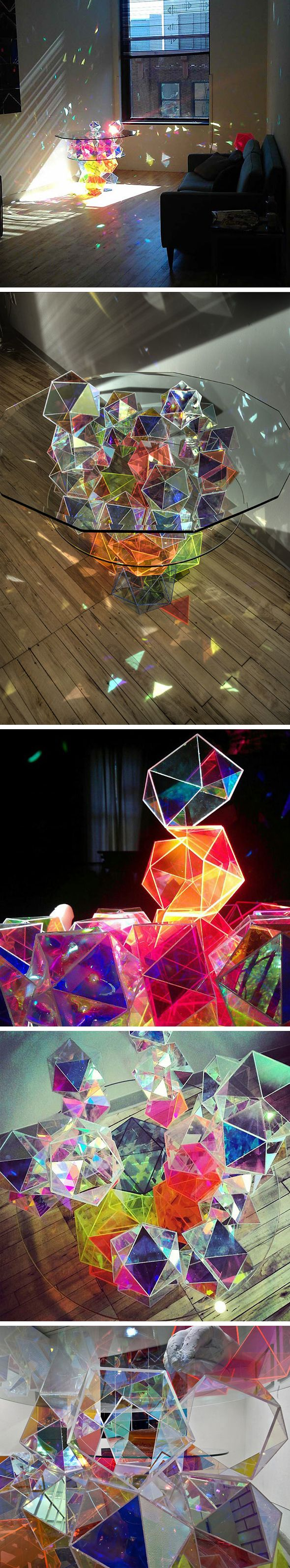 Une table boule à facettes    Basé à Minneapolis, le designer et artiste John Foster signe cette magnifique table à cocktail. Fusion de verre et de réflexion de lumière, la table est constituée sur la base d'une pyramide inversée de cristaux de verre colorés qui divisent la lumière en dizaines de reflets arc-en-ciel dans toute la pièce.