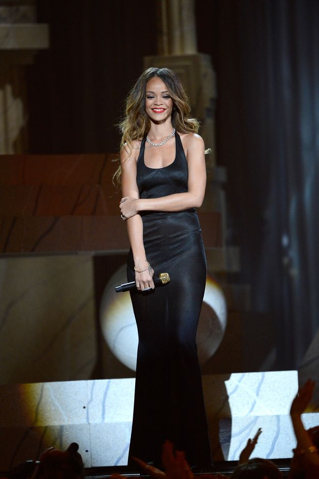 That time she looked awfully amazing in a long black gown. | 51 Times Rihanna Was The Most Fashionable Celebrity In 2013