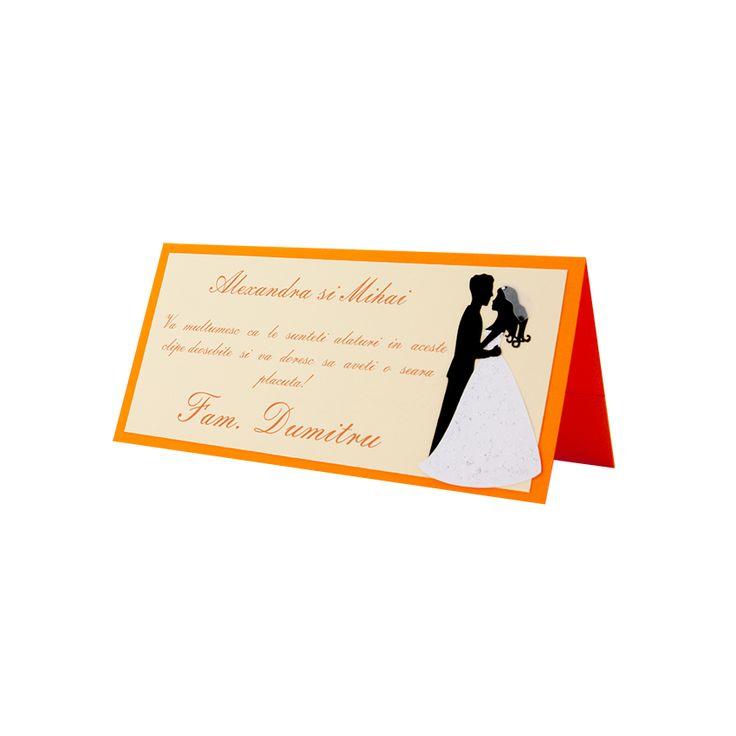 Card asezare din carton portocaliu, cu model mire si mireasa realizat din carton aplicat manual in multiple straturi #nunta #wedding