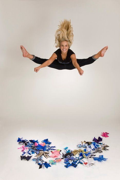 Senior Portrait / Photo / Picture Idea - Cheer / Cheerleader / Cheerleading - Bows