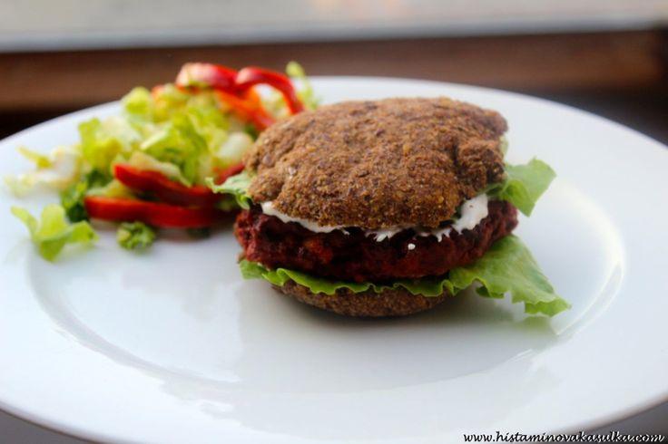 O protirakovinných účincích fazole černé oko a recept na Řepné burgery s fazolí černé oko a uzenou paprikou